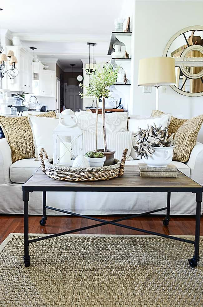 Neutral Coastal Decor